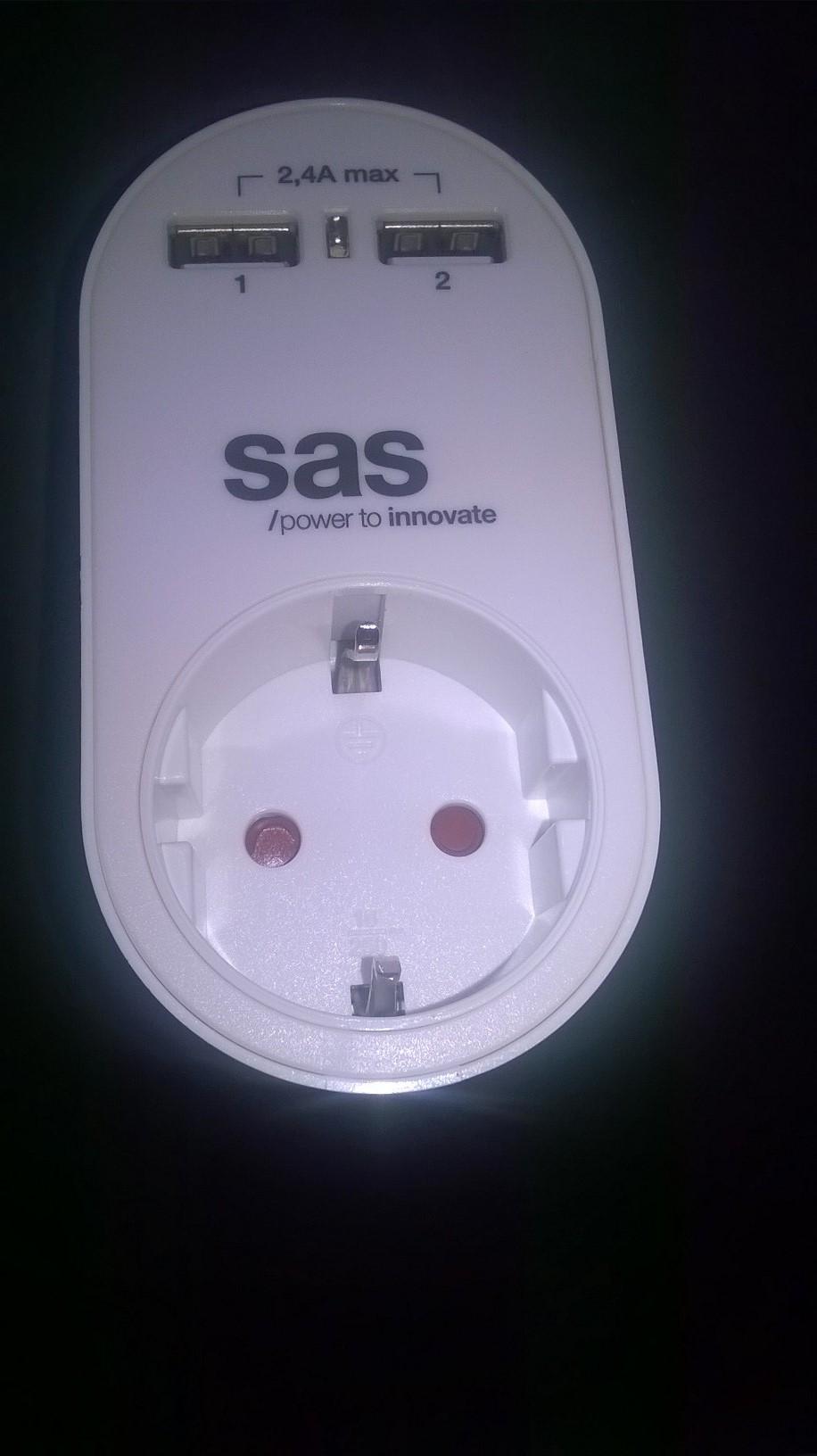 Μετατροπέας σε Σούκο και 2 USB ports